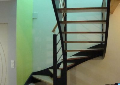 Escalier deux quart tournant avec marches anglaises