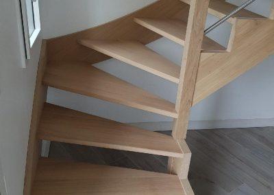 Escalier quart tournant en chêne hydro
