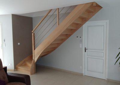 Escalier hêtre quart tournant avec contremarche par Les Sens du Menuisier