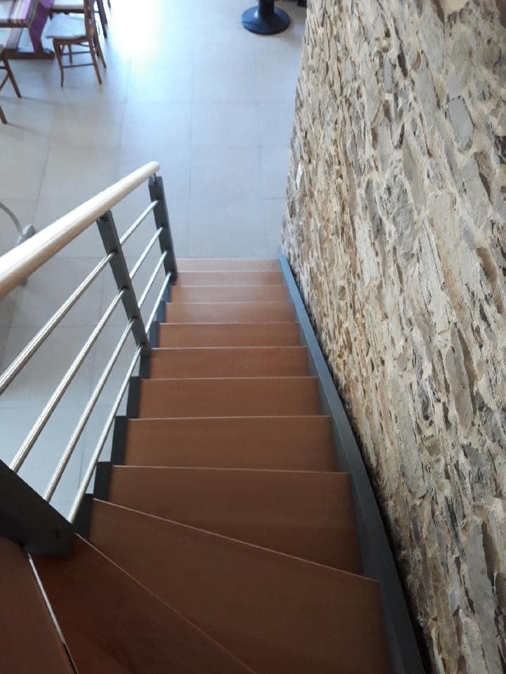 Escalier Quart Tournant Finition Peinture Grise Les Sens Du Menuisier