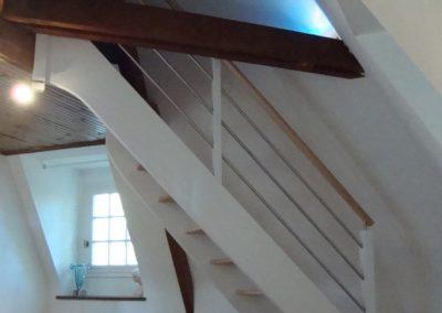 Escalier hêtre quart tournant par Les Sens du Menuisier