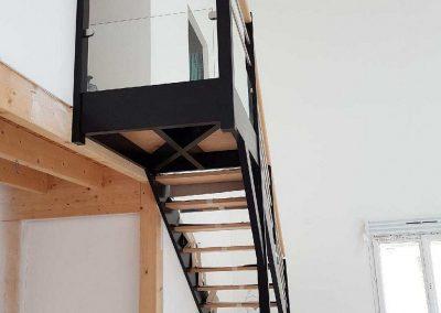 Escalier en bois quart tournant avec palier