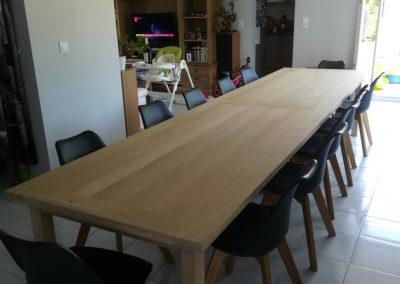 Création d'une table de salle à manger grande longueur