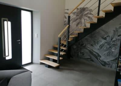 Escalier sur mesure limon centrale bois